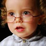 Ребенок плохо видит удаленные объекты?